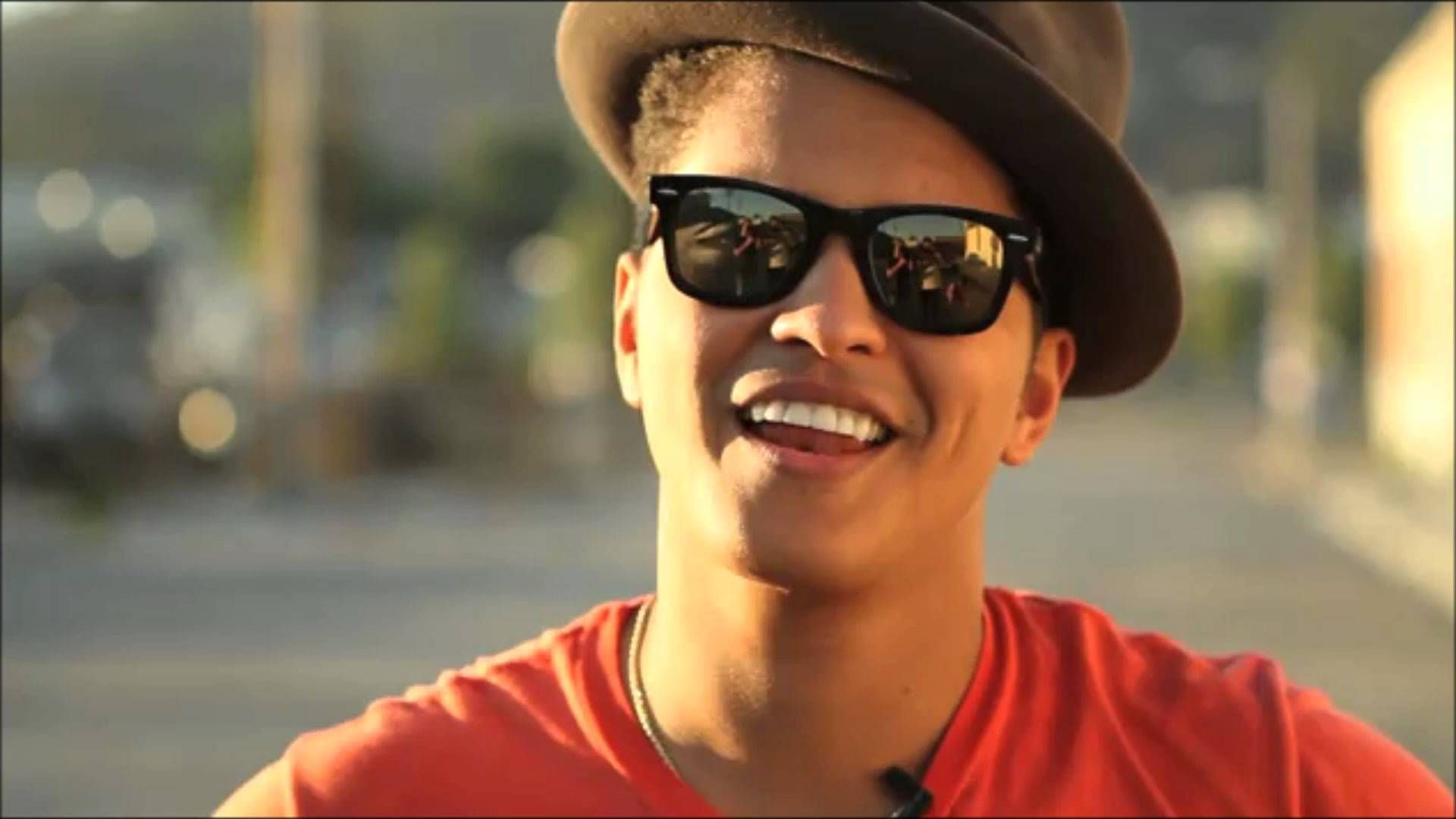 Bruno Mars Photo & image