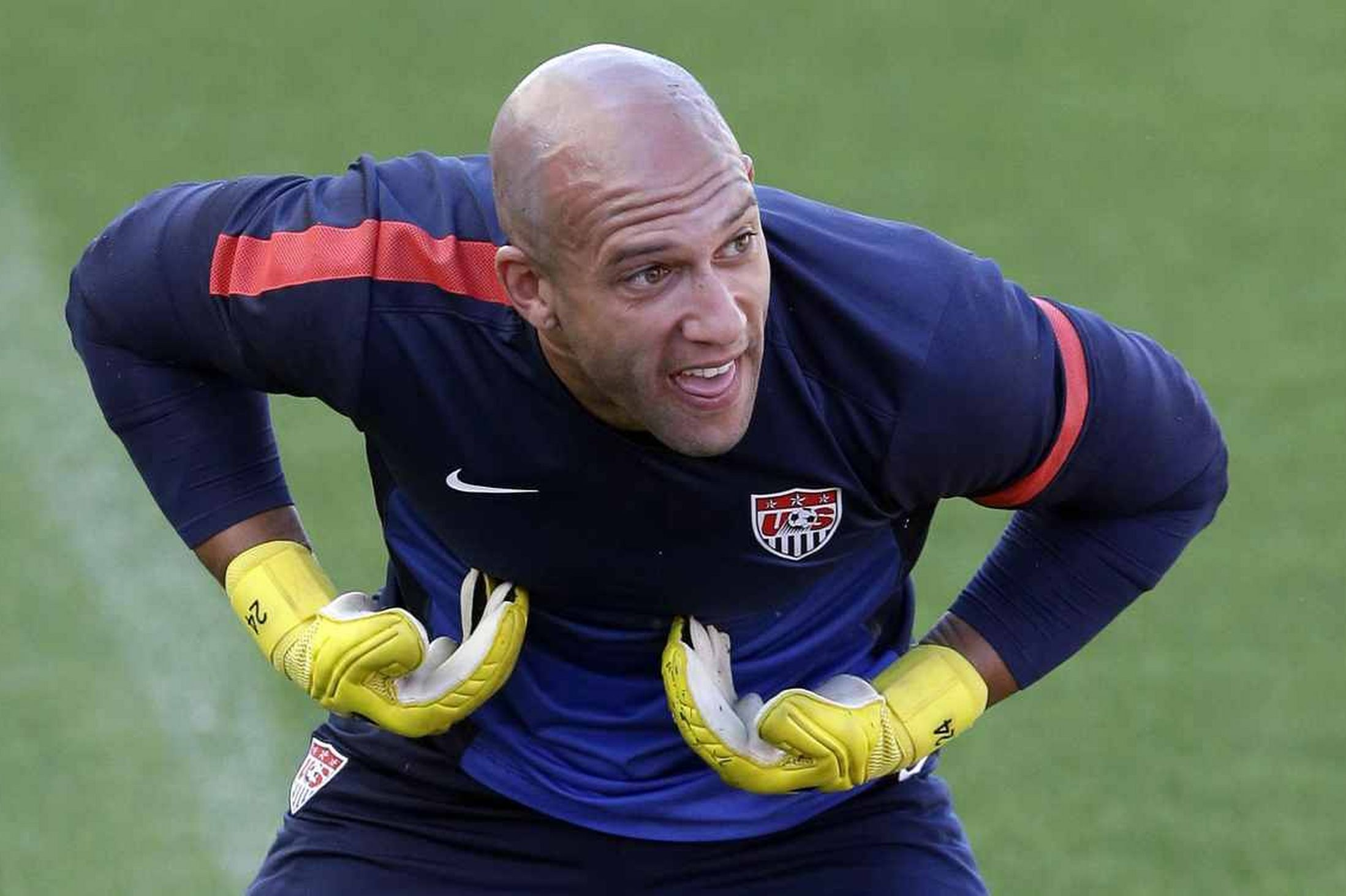 Tim Howard Images & pictures