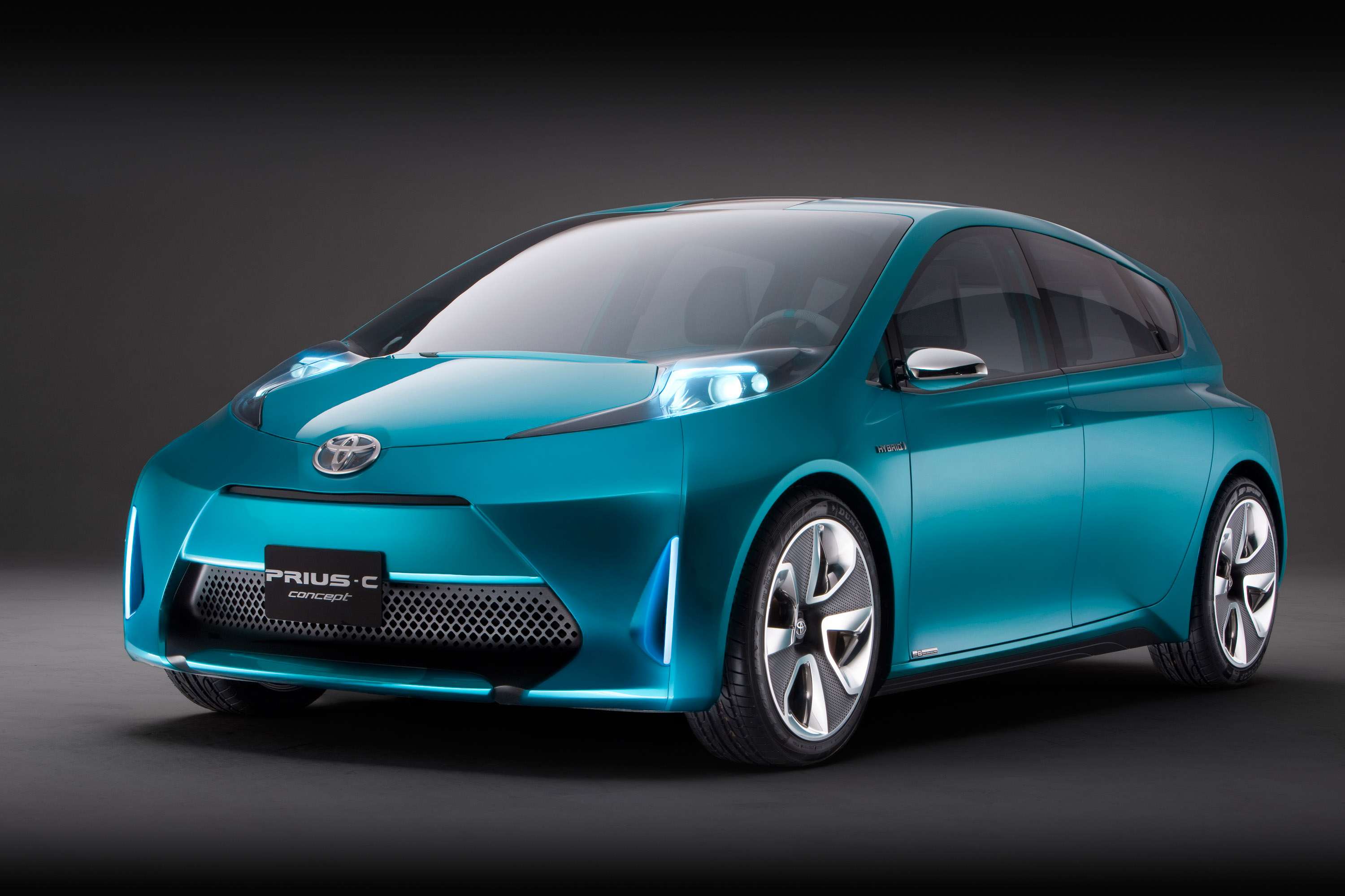 Toyota Prius c Concept Front Side Picture