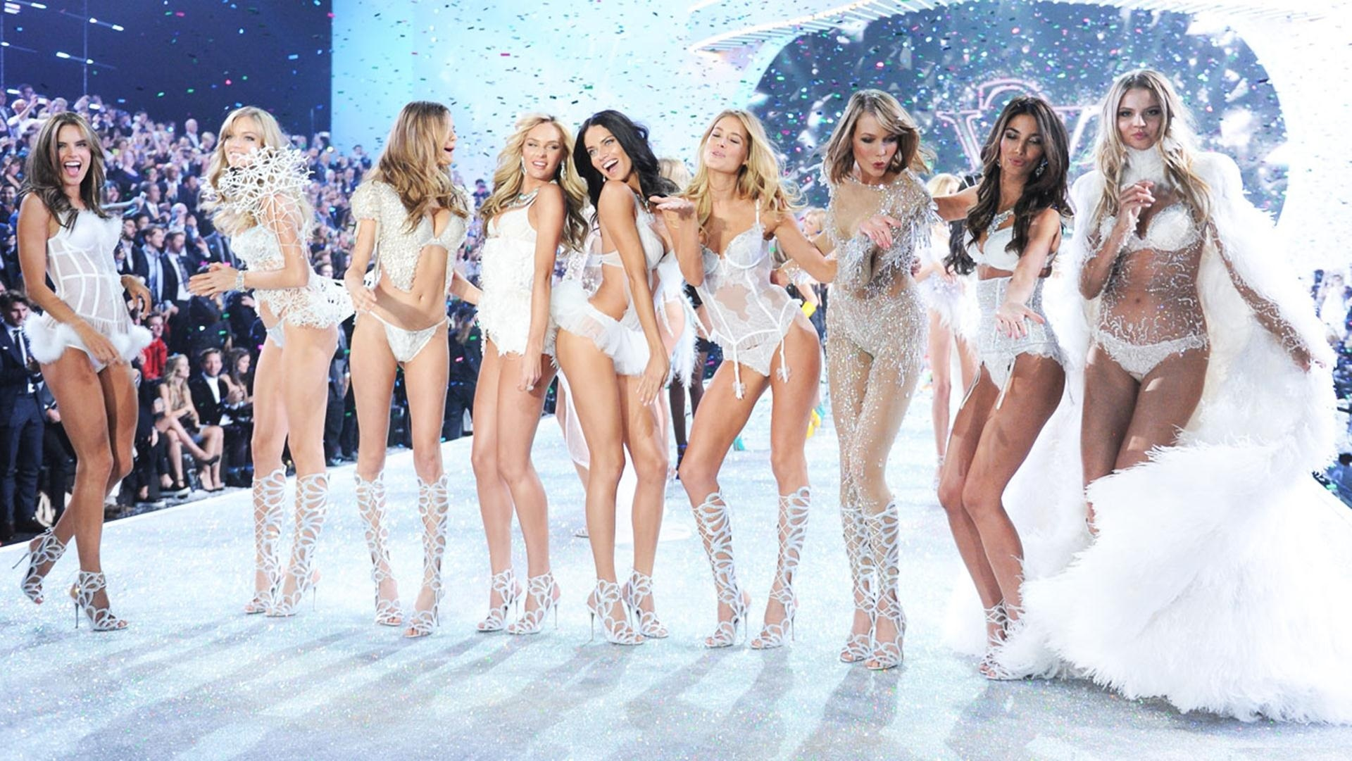 Victoria's Secret Fashion Show 2014 Photos