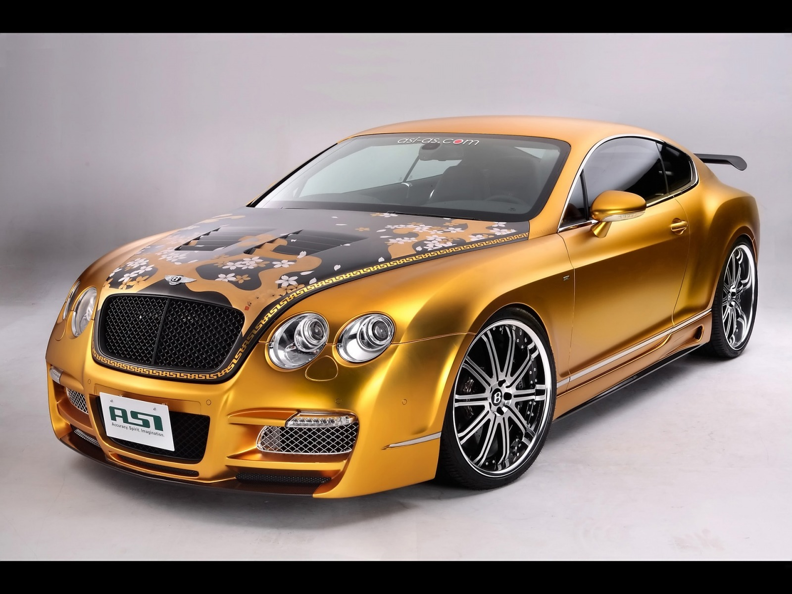 Bentley Cars photos & images 2013