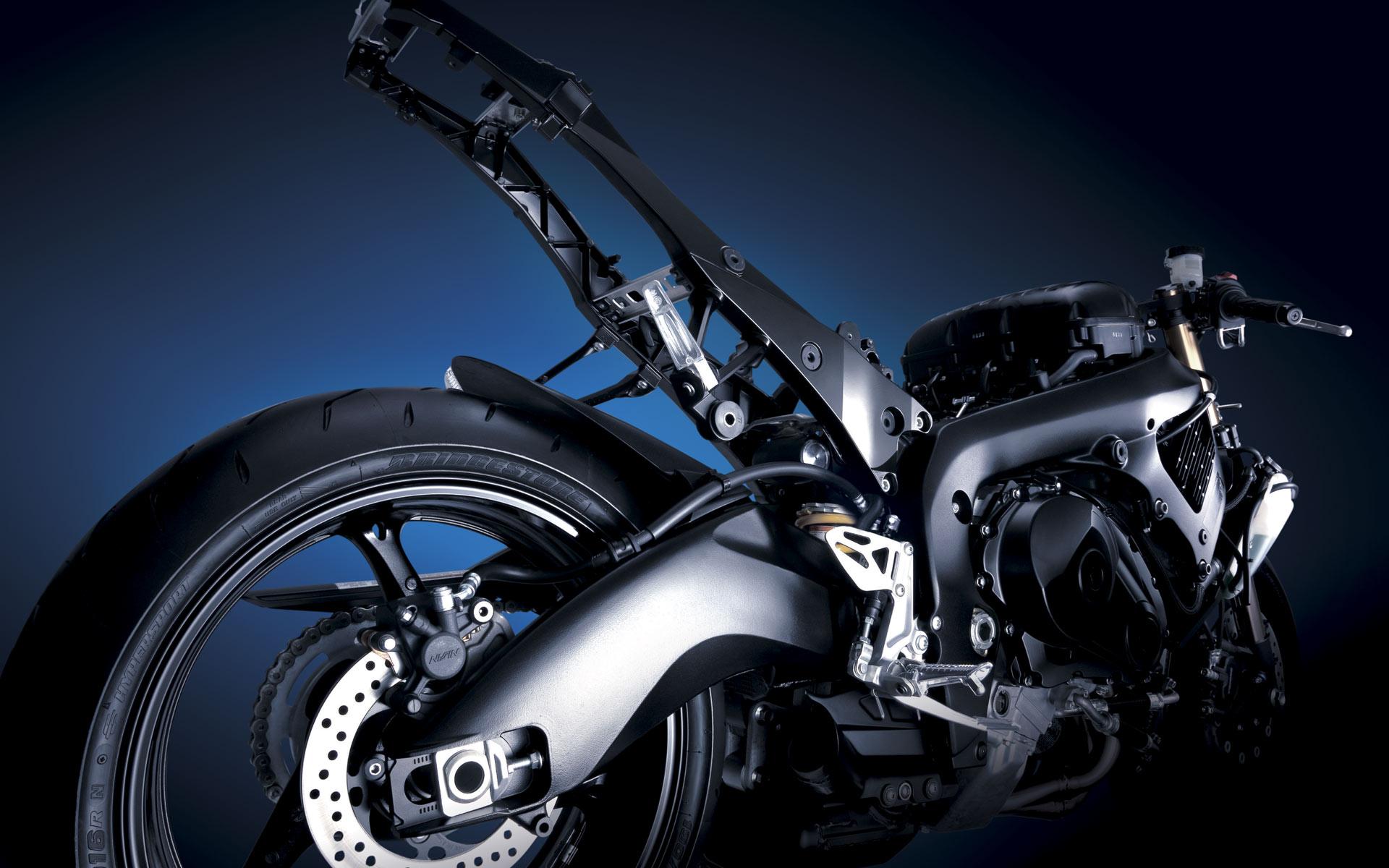 Suzuki GSX R1000 Pictures