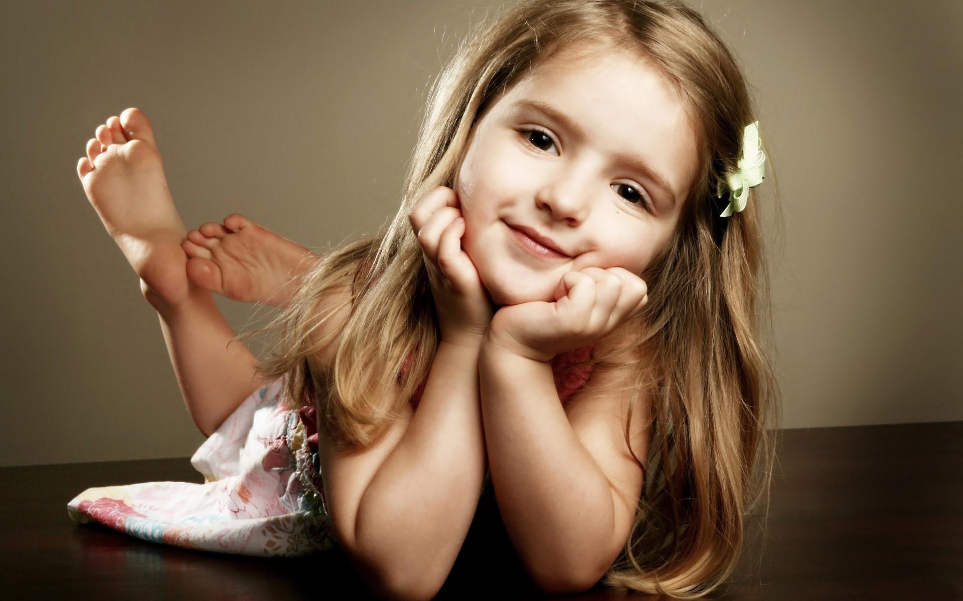 Pretty Cute Baby Girl Nice Wallpapers