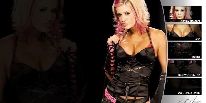 WWE_Ladies_Superstar_Ashley_Massaro_in_Crazy_Look