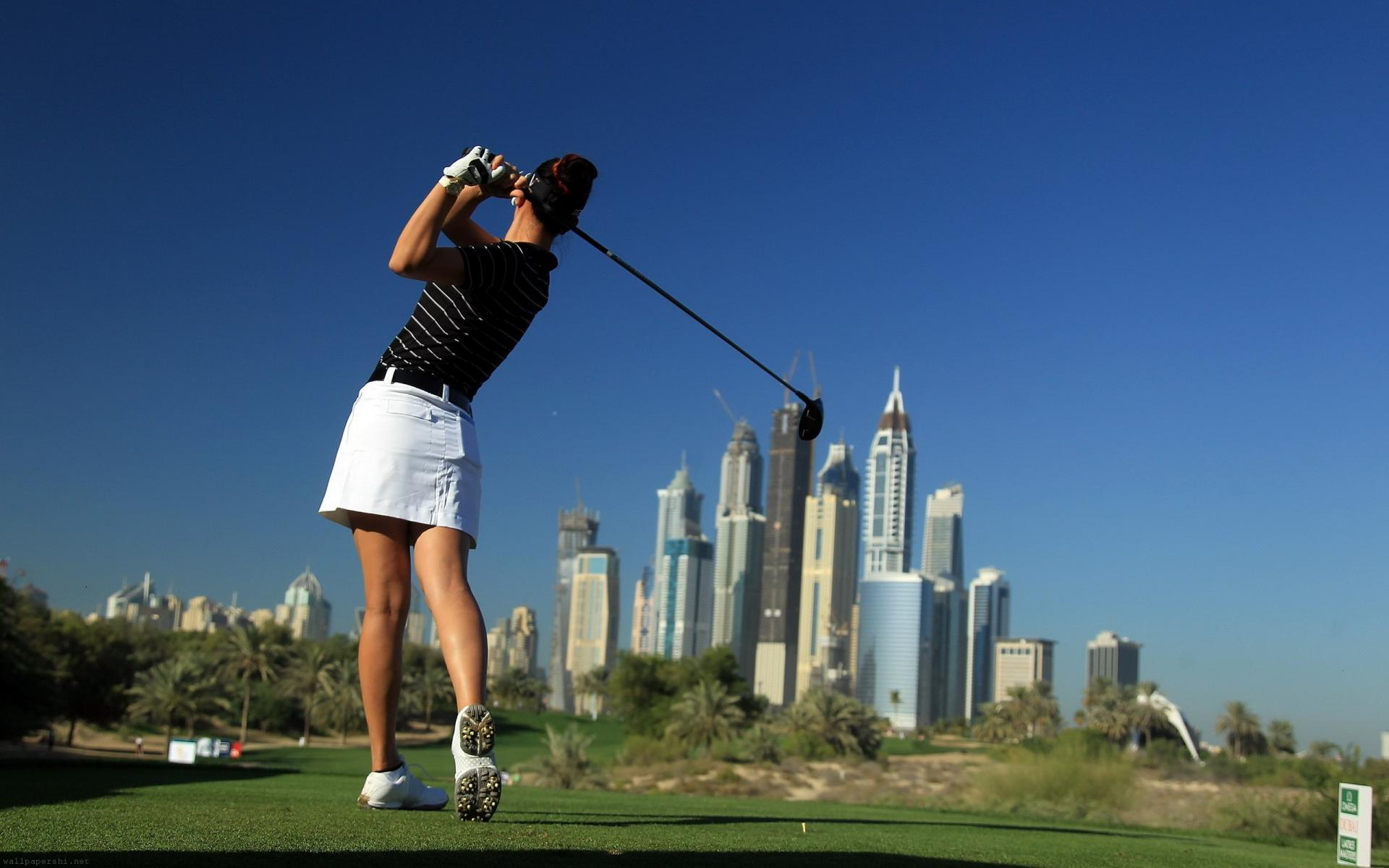 girl golf game