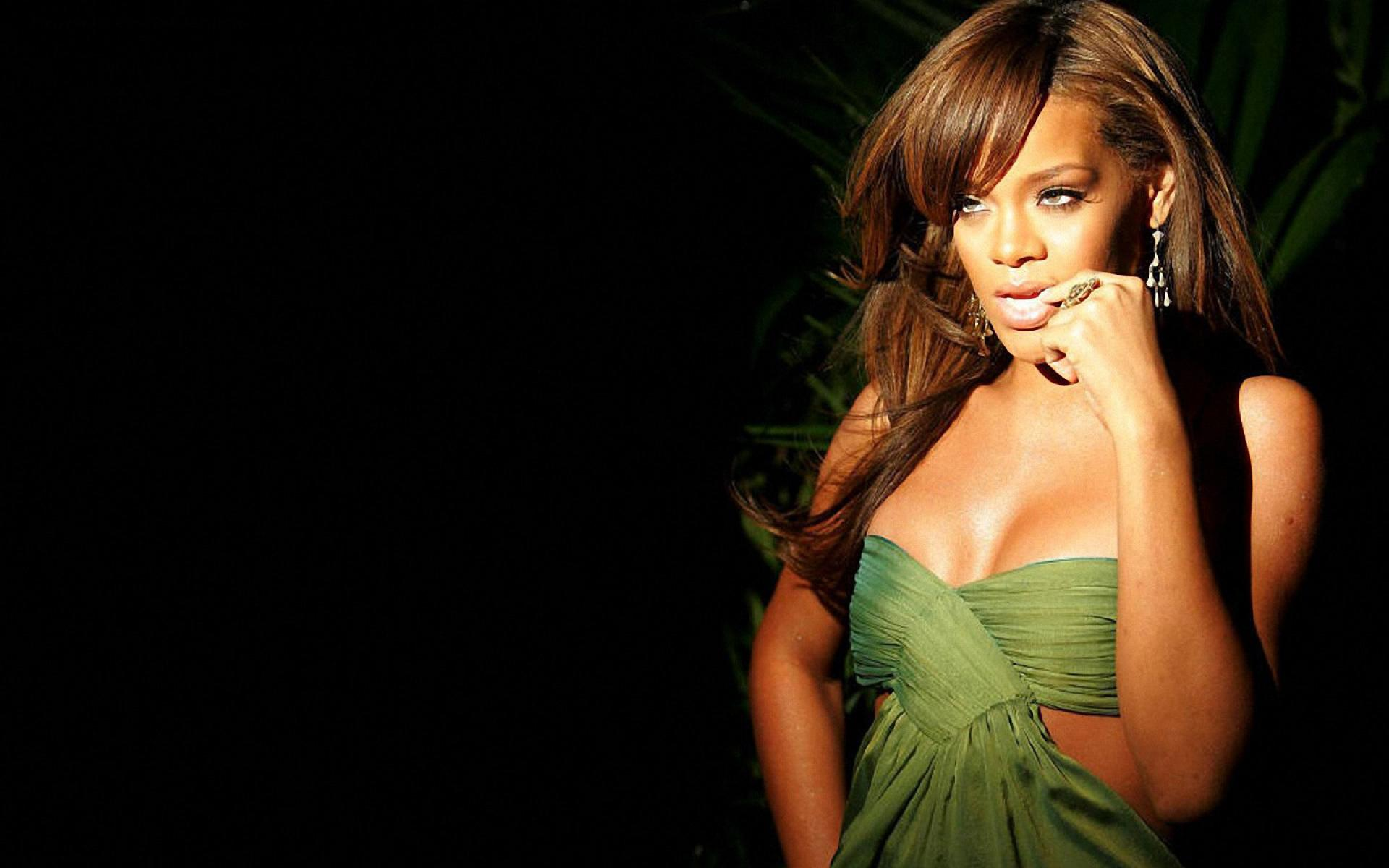 Rihanna Wallpapers Hd Wallpapers