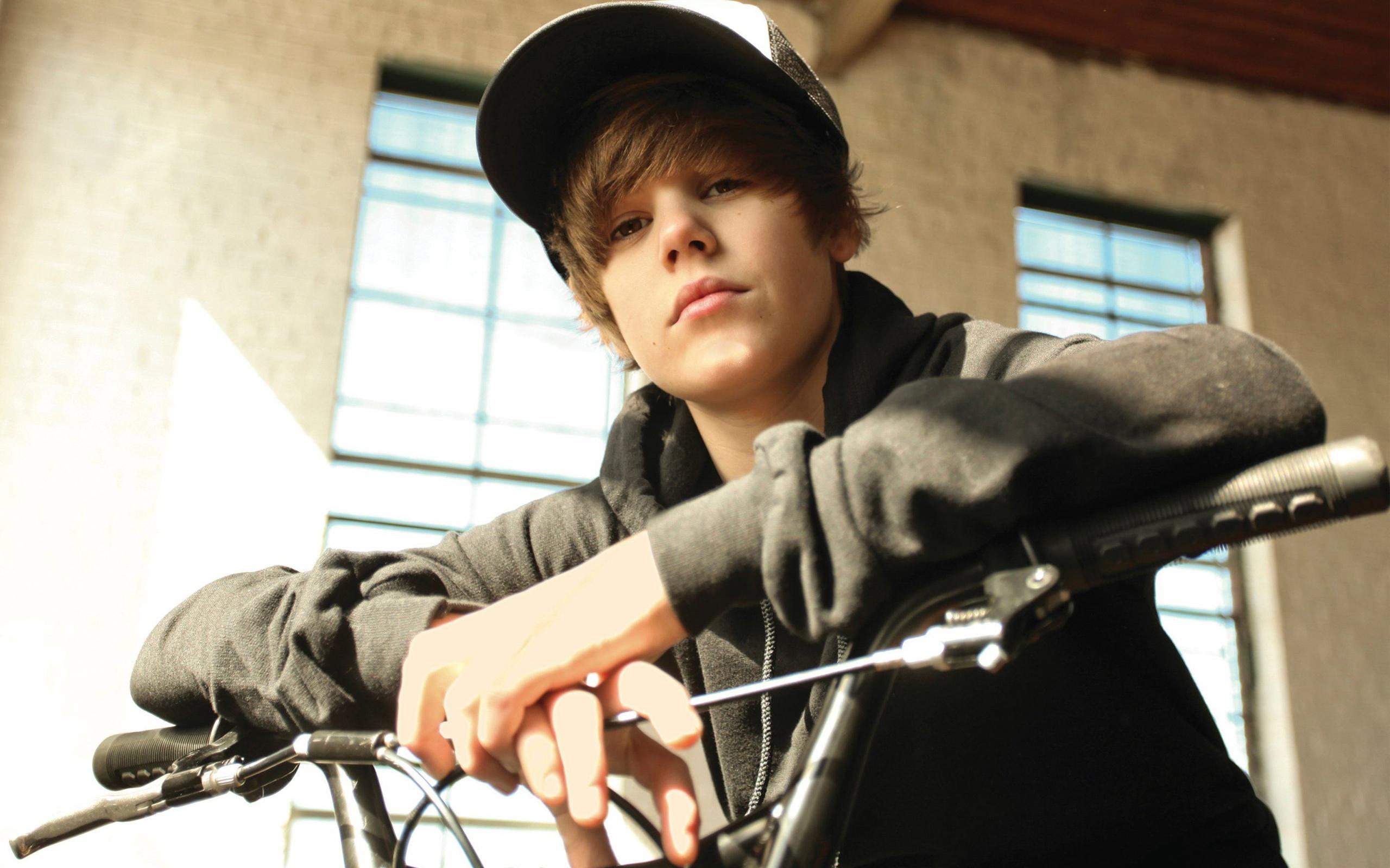 Justin-Bieber videos