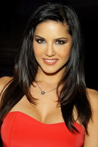 Sunny Leone Images & Pictures