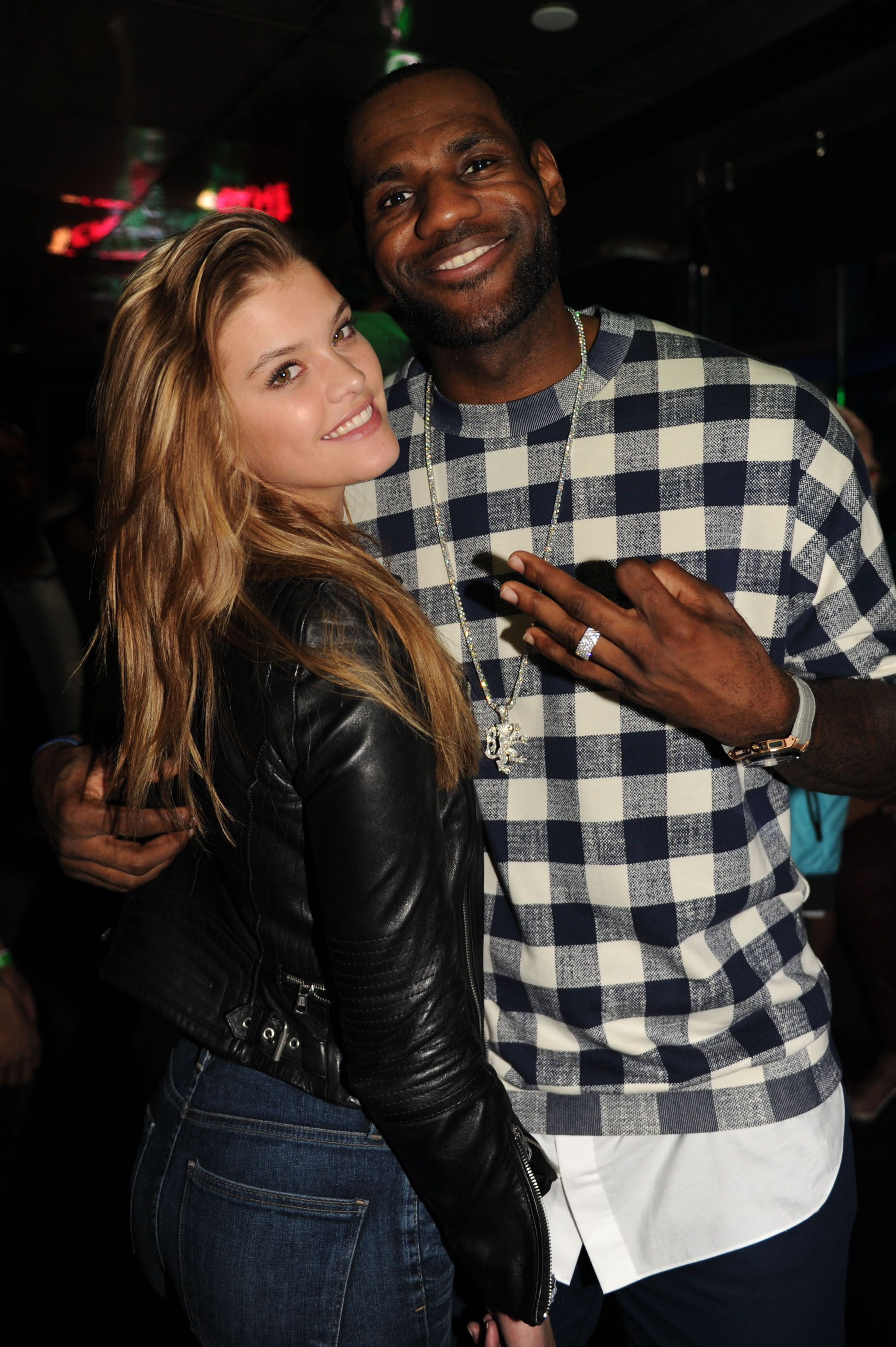 is lebron james married