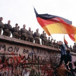 why was the berlin wall built
