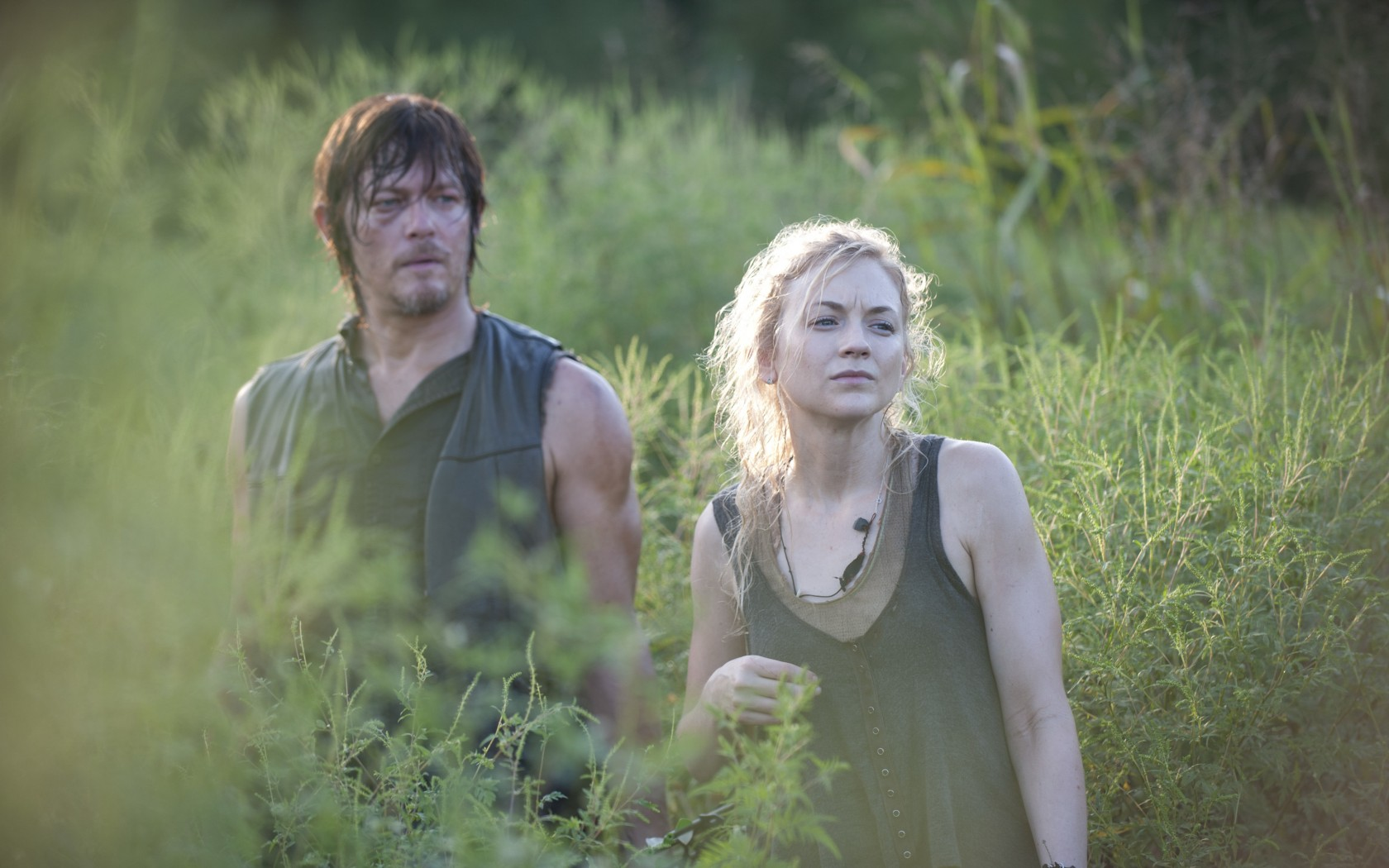daryl and beth dating walking dead Daryl and beth from 'the walking dead' are reportedly dating in real life  daryl and beth from 'the walking dead' are reportedly dating in real life profile by: vice4life.