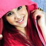 Ariana Grande Pink Hoodie Wallpaper