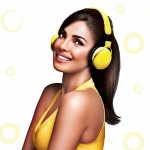 priyanka chopra smiley face high wallpaper