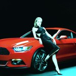sienna miller with red aktrisa ford-